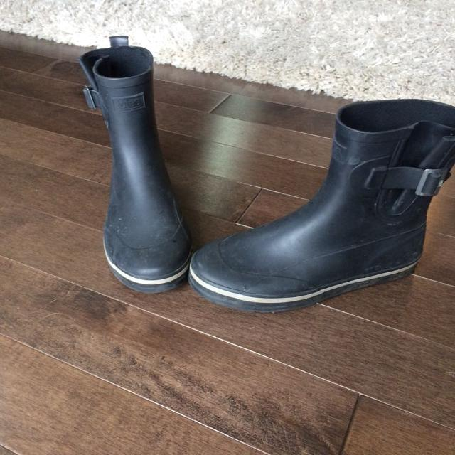 Find more Totes Rain Boots for sale at up to 90% off - Victoria, BC