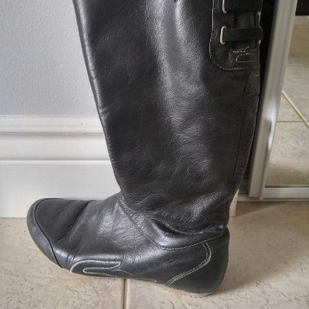 Lacoste women's winter boots, used for sale  Canada