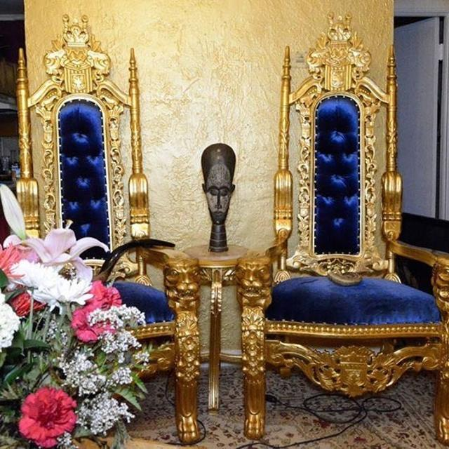 Gilded Antique Living Room Throne Chairs