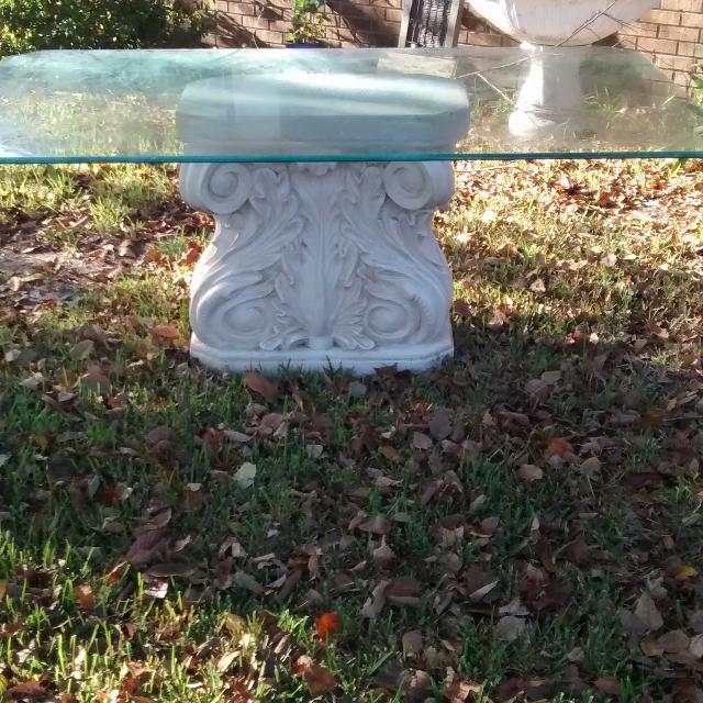 dinning table white scroll detailed base with glass top