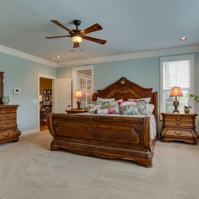 Best Beautiful Michael Amini King Bedroom Set For Sale In Spring Hill Tennessee For 2020
