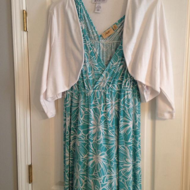 Plus size maxi dresses with shrugs. Both new and never worn. $25 for each  dressing shrug. Turquoise dress is a 2x and purple dress is 3x.