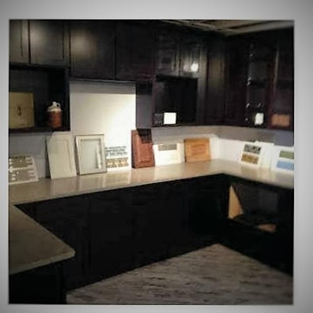 17 Pc. Brandom Kitchen Cabinet Set with Caesarstone Quartz Countertop
