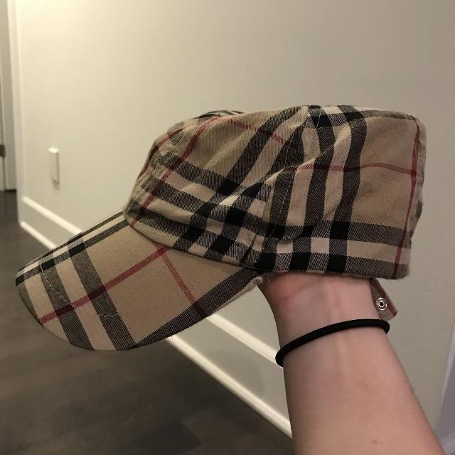 4feaff9f422 Find more Burberry Baseball Cap Women s Small for sale at up to 90% off