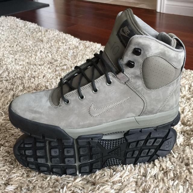 9da19e5e4a95 Find more Nike Air Nevis-6 (acg) Men s Size 10 for sale at up to 90% off