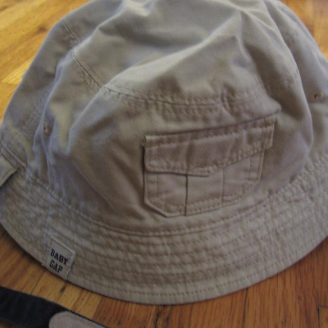 7c0dc1da7d4e Find more Baby Gap Summer Hat Size 12-18 Months for sale at up to 90 ...