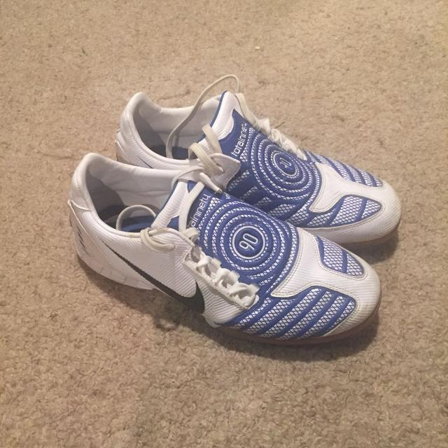 f4bbb2b91 Find more Nike Total 90 Indoor Soccer Shoes 9.5 for sale at up to 90 ...