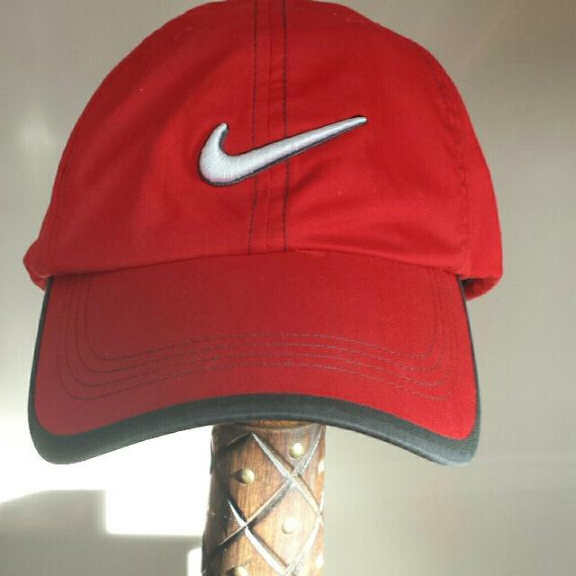Best Nwot Red - Nike Golf Hat -tech Swoosh -baseball Cap for sale in  Ladner a61ddee7205