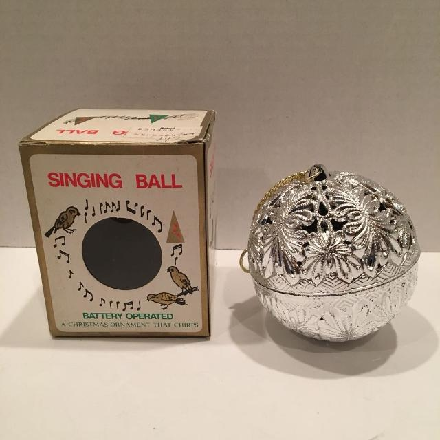 Vintage Christmas Singing Chirping Bird Ball Ornament in Box - Find More Vintage Christmas Singing Chirping Bird Ball Ornament In