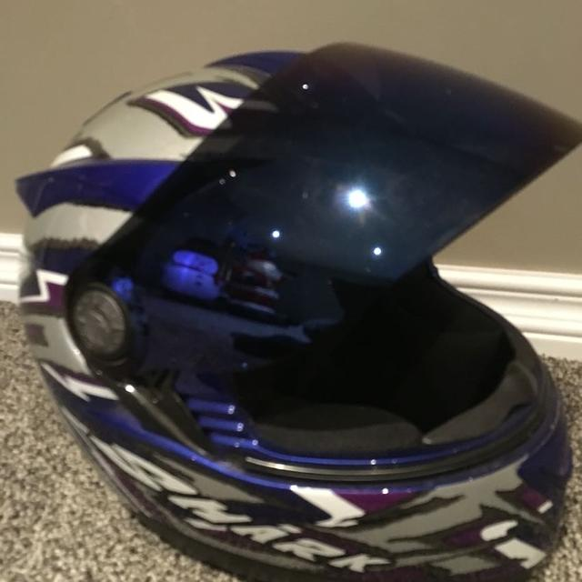 62f29f22 Best Shark Motorcycle Helmet With Tinted Shield for sale in Regina,  Saskatchewan for 2019