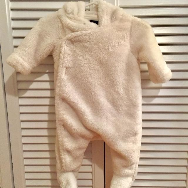 67b8cd3f2 Find more Baby Gap Fleece Bunting Suit 0-3 Mo for sale at up to 90% off