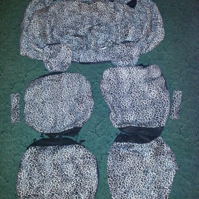 Stretchy Cheetah Car Seat Covers PRICE REDUCTION