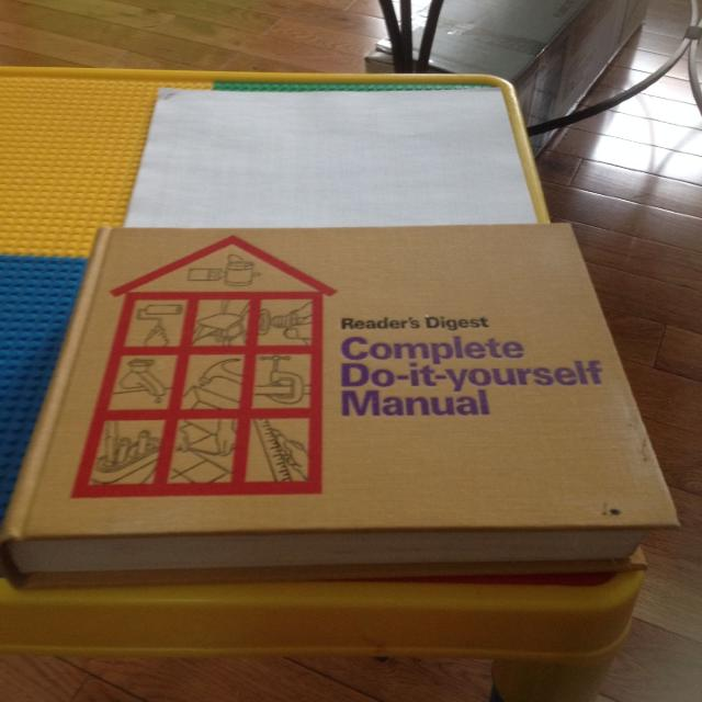 Find more readers digest complete do it yourself manual very readers digest complete do it yourself manual very handy thick book of solutioingenieria Choice Image