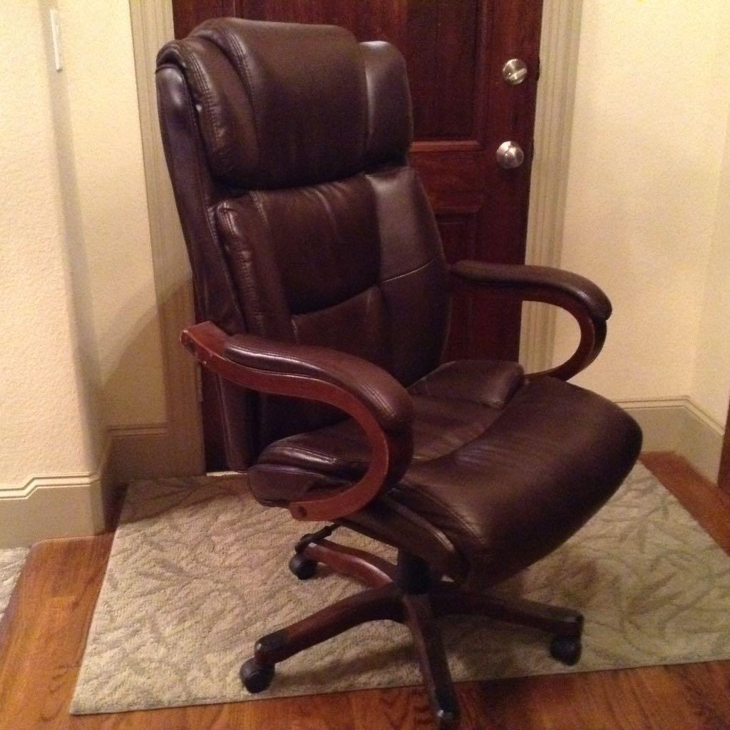 Find More Broyhill Big And Tall Executive Chair 8935 Brown Leather With Mahogany Wood Accents For Sale At Up To 90 Off