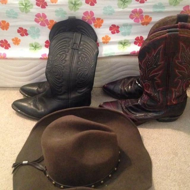 Find more Authentic Women s Cowboy Boots And Hat for sale at up to ... 58f2988898b