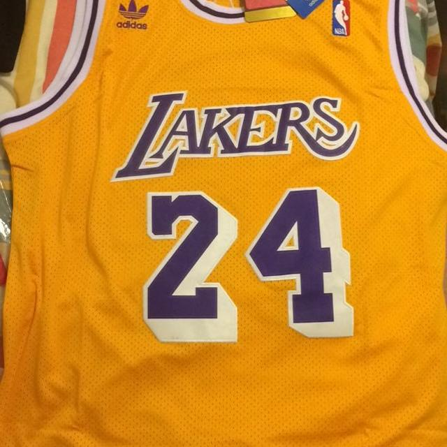outlet store aa7c4 c1355 Los Angeles Lakers Jersey Kobe Bryant #24 or #8