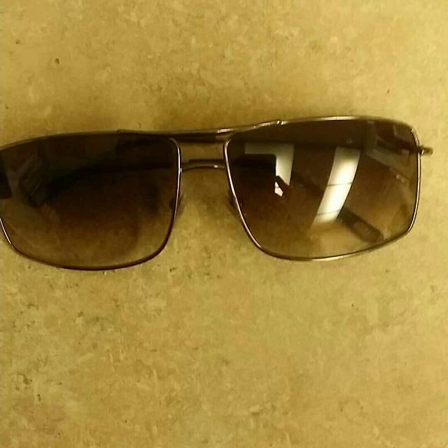 3f25fbf488e3 Best Men s Versace Sunglasses Model No 2104 for sale in Medford ...
