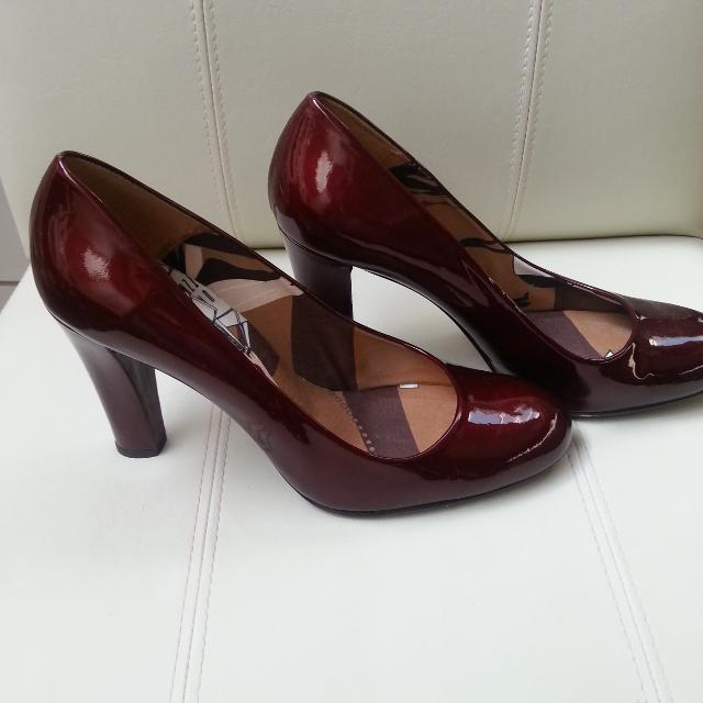 36ad92e2cfc Stuart Weitzman Ruby Red Shoes
