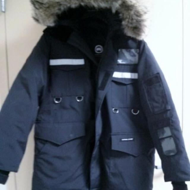 5036f4437424 Find more Canada Goose Men s Resolute Parka for sale at up to 90% off