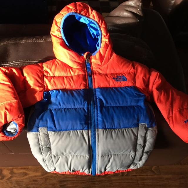 dee6c9989 The North Face Toddler Boy's Reversible Moondoggy 3T Jacket, price reduced.  FCFS