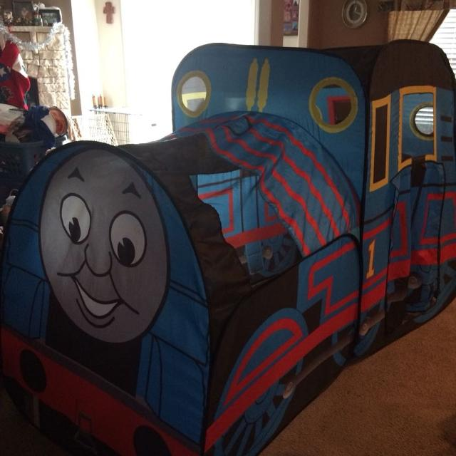 the latest cda36 f0785 THOMAS THE TRAIN POP UP PLAYHUT WITH ATTACHABLE TUNNEL