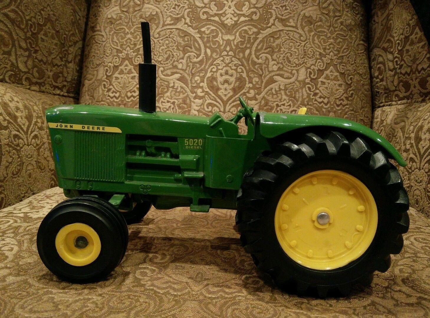 Metal Toy Tractors >> Vintage Metal Toy Trucks Tractors Etc Perfect For Christmas