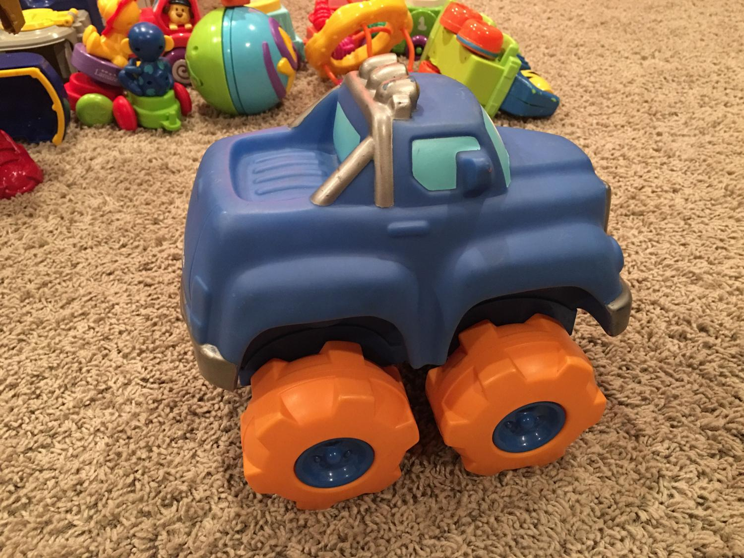 Toys For Trucks Calgary : Best tonka chuck friends large blue truck with sounds