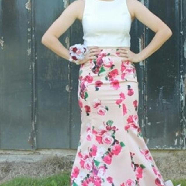 Find More Size 67 Two Piece Prom Dress From Davids Bridal For Sale