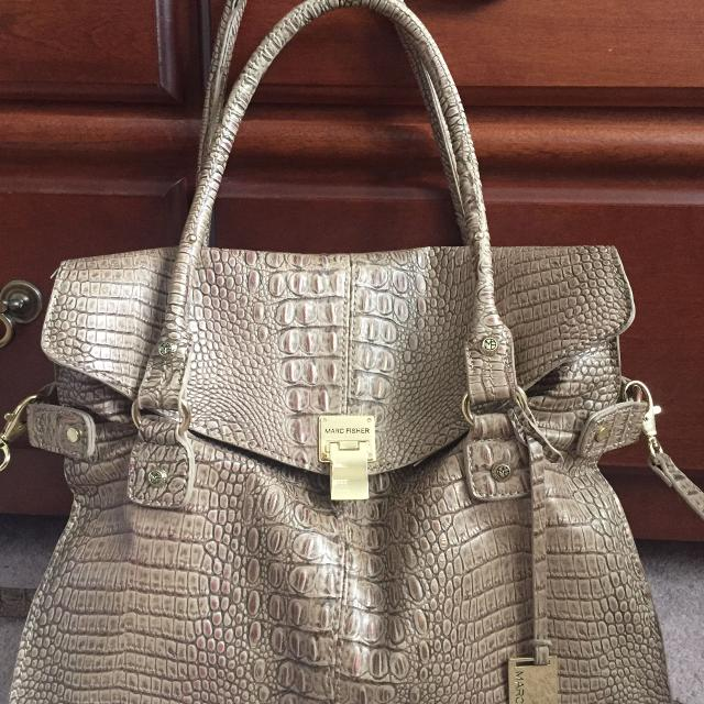 Best Large Marc Fisher Purse For