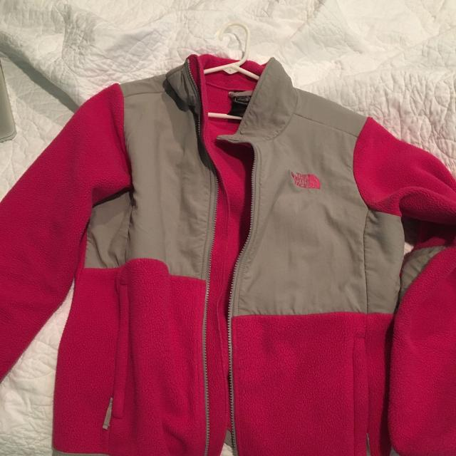 4d39239aa Girls North Face Jacket