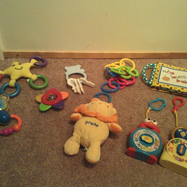Baby Toys With Several That Attach To Car Seat Or Stroller 2 See N Says