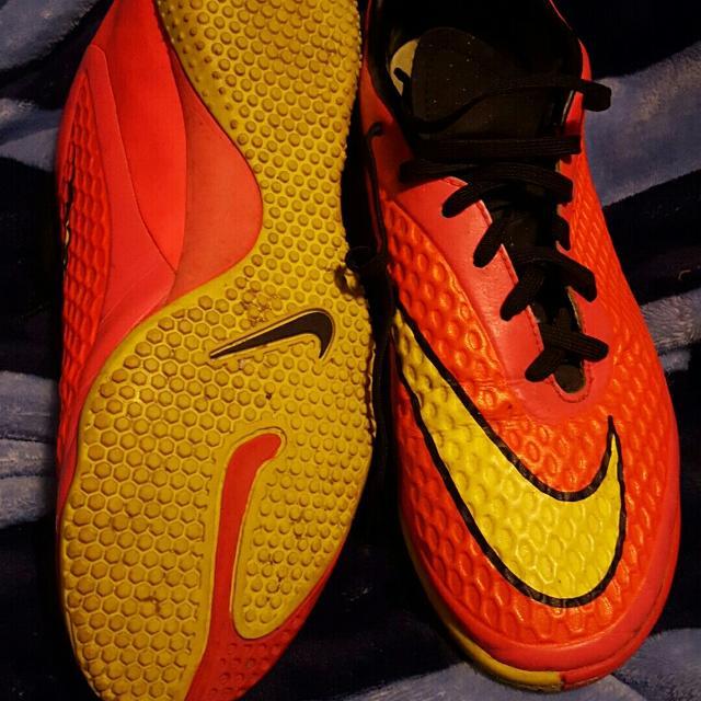 94b628341 Best Size 9.5 Mens Indoor Soccer Shoes for sale in Jefferson City, Missouri  for 2019