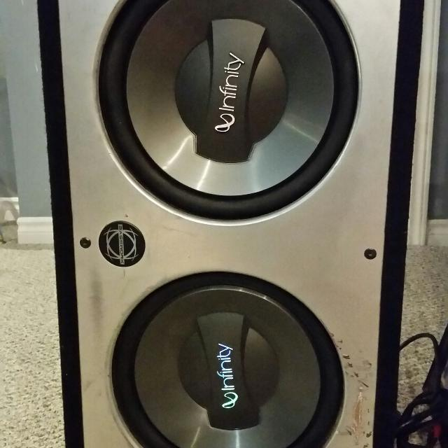 2 12 inch infinity subs in slot port box