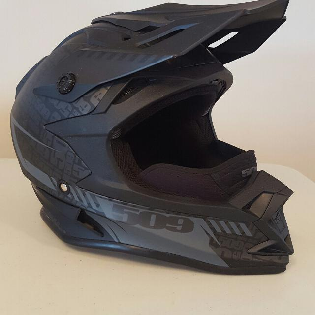 Snowmobile Helmets For Sale >> Find More 509 Altitude Black Ops Snowmobile Helmet For Sale At Up To