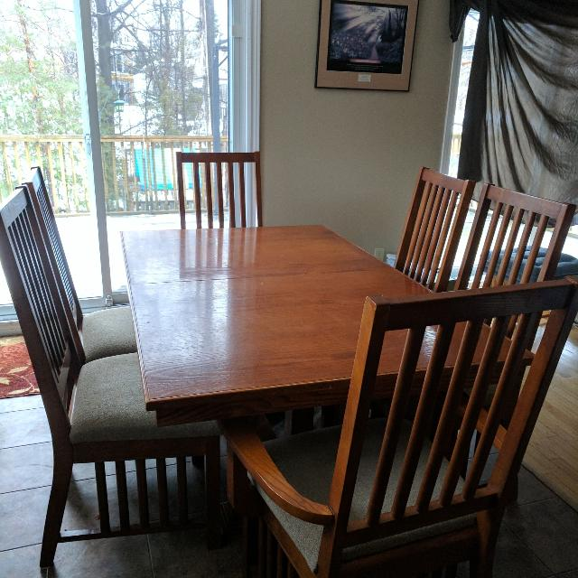 Best New Price In Good Used Condition Dining Table And 6 Chairs Two With Arms For Sale Barrie Ontario 2019