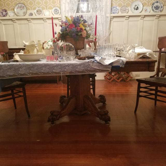 Last Chance Reduced Antique Oak Tiger Claw Foot Dining Table 6 Chairs Serious Offers Considered Only