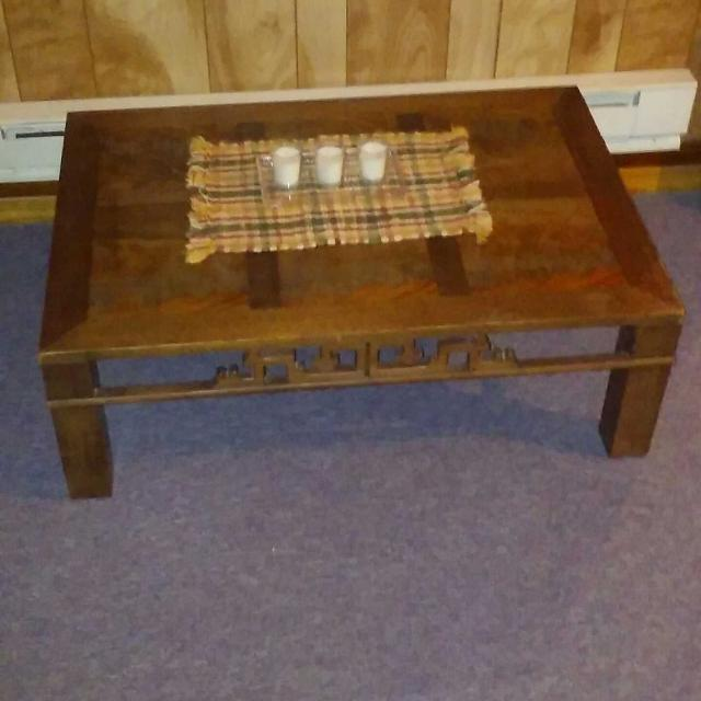 Coffee Table Pick Up Line.Rectangle Wood Coffee Table 27 Inches Wide 39 Inches Long Decorations Not Included Pick Up In Bedford
