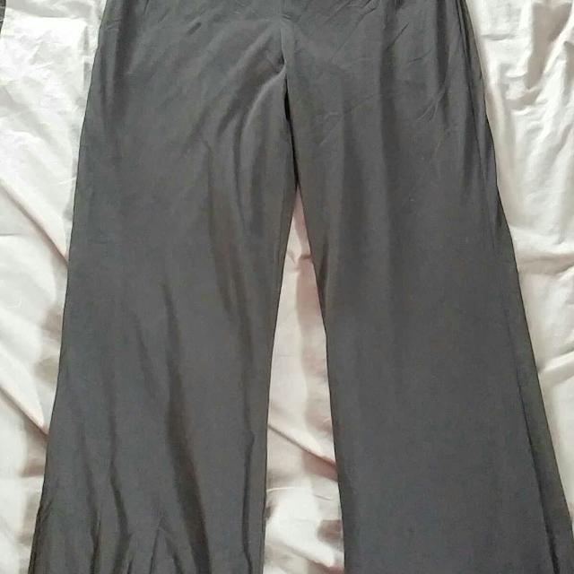 01eb05c5fa898 Best Sweat Pea By Motherhood Maternity Pants for sale in Clarington ...