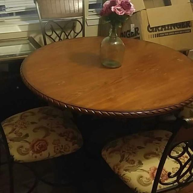 Wood Iron Dining Table With Four Chairs Price Drop