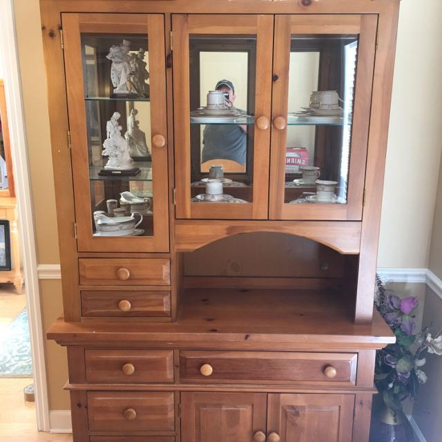 Pine China Cabinet Hutch: Find More Broyhill Fontana Lighted Hutch Pine China