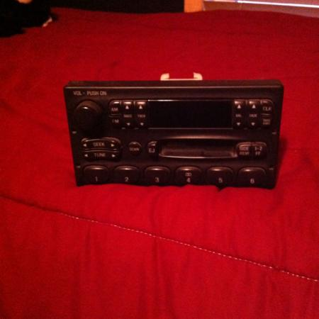 Factory radio from 1998 f-150 fits 97-03 for sale  Canada