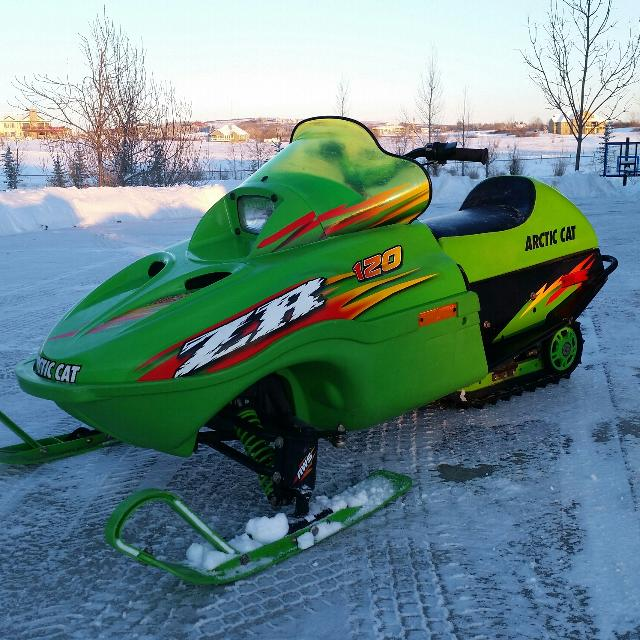2003 Arctic Cat ZR 120 kids sled