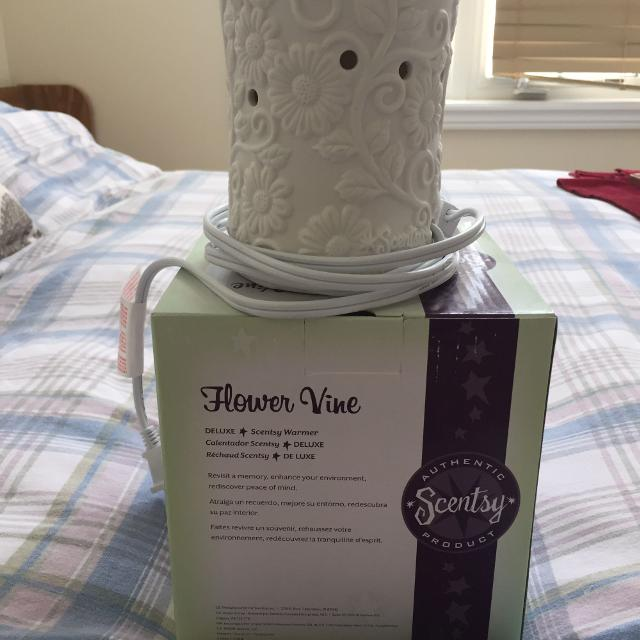 Find More Flower Vine Scentsy Warmer For Sale At Up To 90 Off
