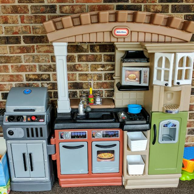 Little tikes kitchen and grill combo