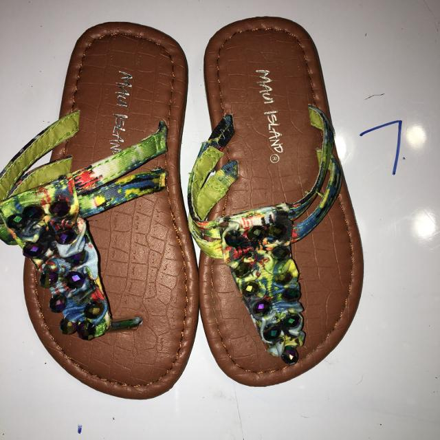 9662957dd29f Find more Euc Maui Island Flip Flops for sale at up to 90% off