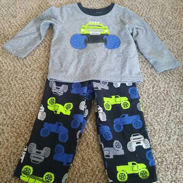 e4f864c85a08 Find more Toddler Boys 2t Carter s Monster Truck Pajama Set for sale ...