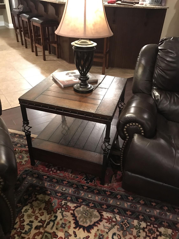 best one dark brown stained oak nottingham square end table for sale in hattiesburg mississippi. Black Bedroom Furniture Sets. Home Design Ideas