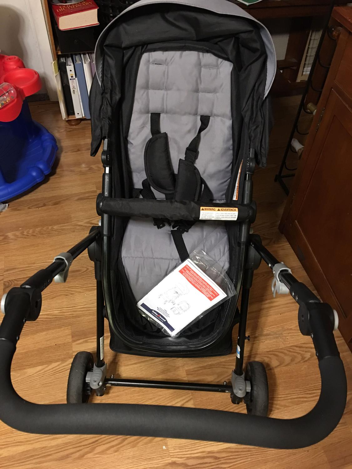 find more babytrend stroller and car seat combo for sale at up to 90 off maple valley wa. Black Bedroom Furniture Sets. Home Design Ideas