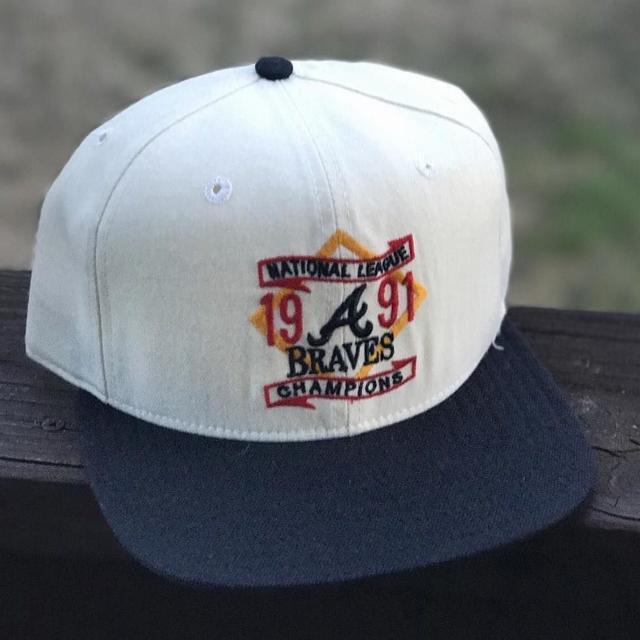 Vintage Snapback Hats >> Vintage 1991 Atlanta Braves Nl Champions Snapback Hat Adjustable By Vintage New Era