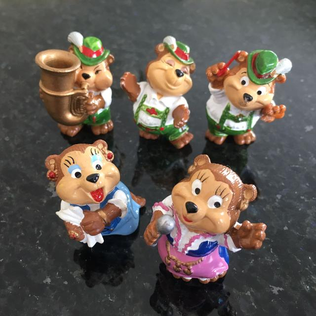 Kinder Surprise German Octoberfest Bears Miniature figures 1995